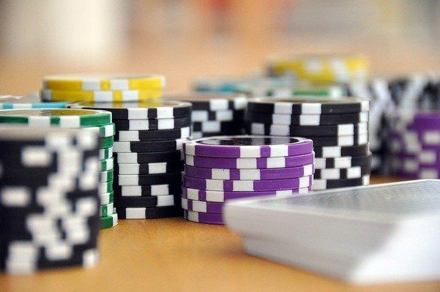play-poker-omaha